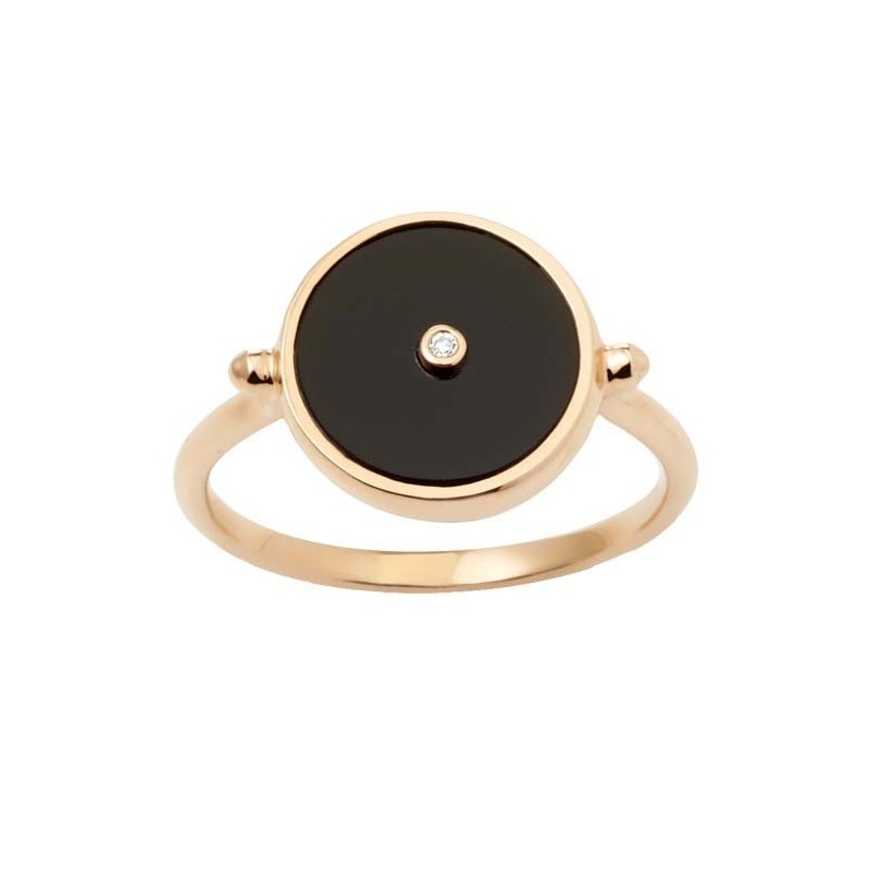Diamond ring Token in black onyx ring with a diamond in 18 K gold