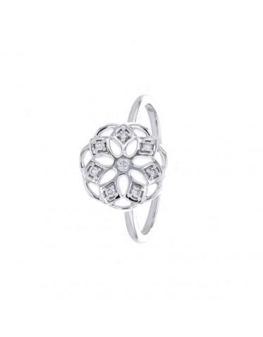 Bague fleur avec de pétales en diamants